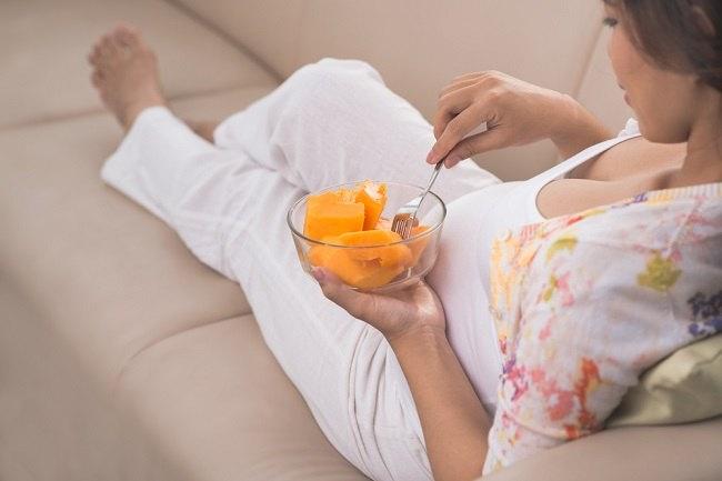 7 jenis buah yang bagus untuk ibu hamil - alodokter