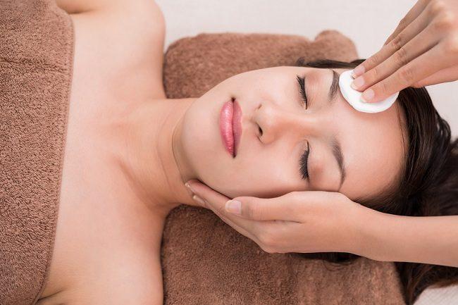 merawat wajah saat hamil begini caranya - alodokter