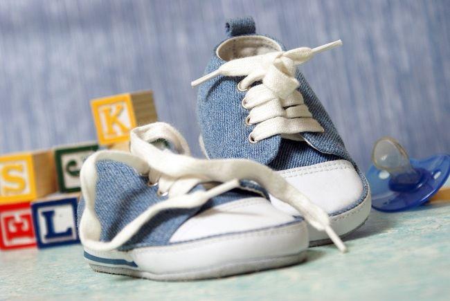 jangan sampai keliru memilih sepatu anak - alodokter