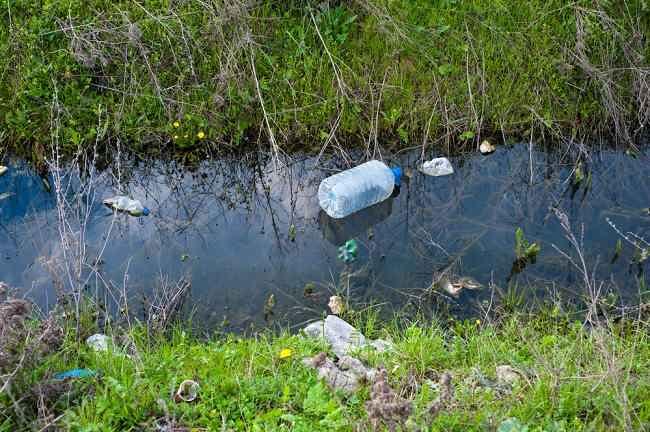 kuman-kuman di balik pencemaran air - alodokter
