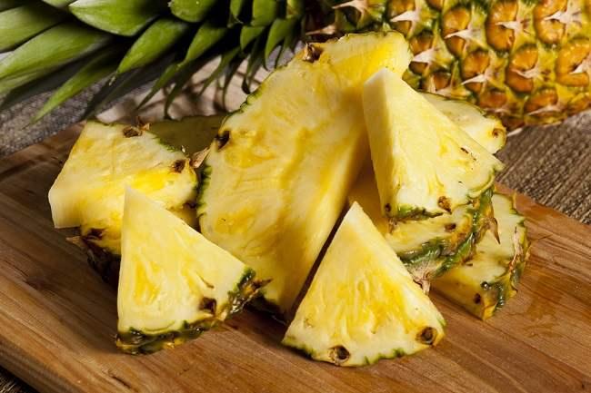 jangan salah kandungan dan manfaat buah nanas ada banyak - alodokter