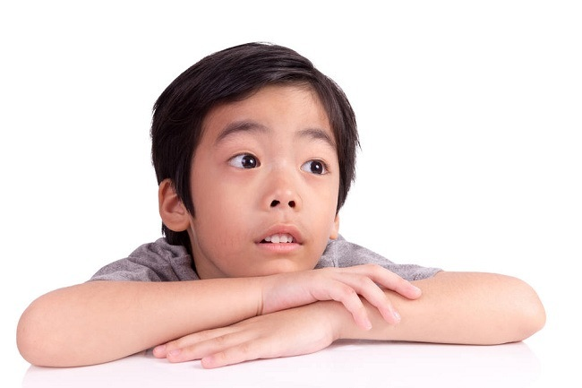 Mengenali dan mengatasi gejala mata juling pada anak - alodokter