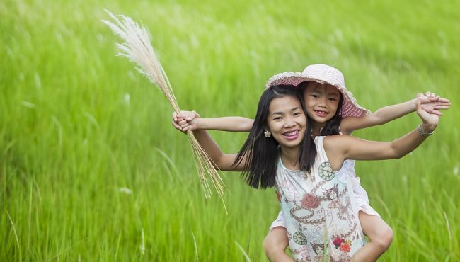 perhatian khusus menghadapi anak hiperaktif - alodokter