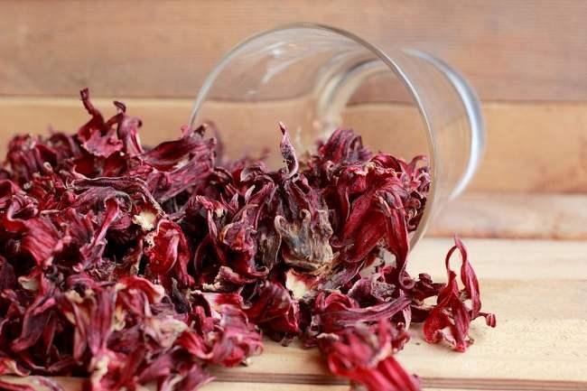 rosela si merah yang kaya manfaat - alodokter