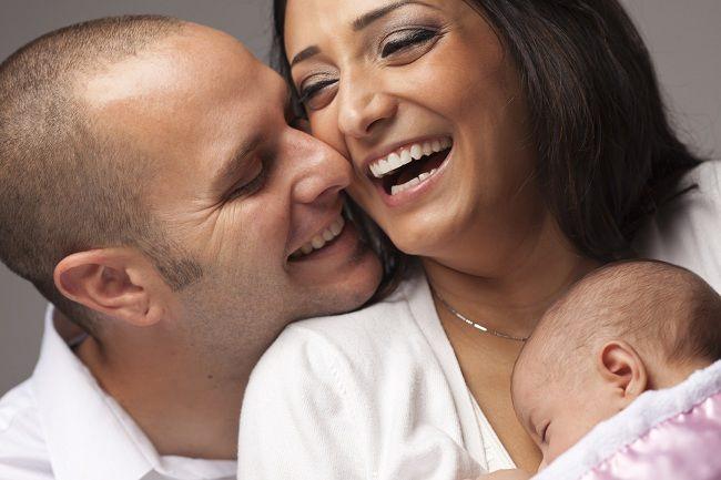 Jarang Melakukan Hubungan Intim setelah Melahirkan, Alodokter