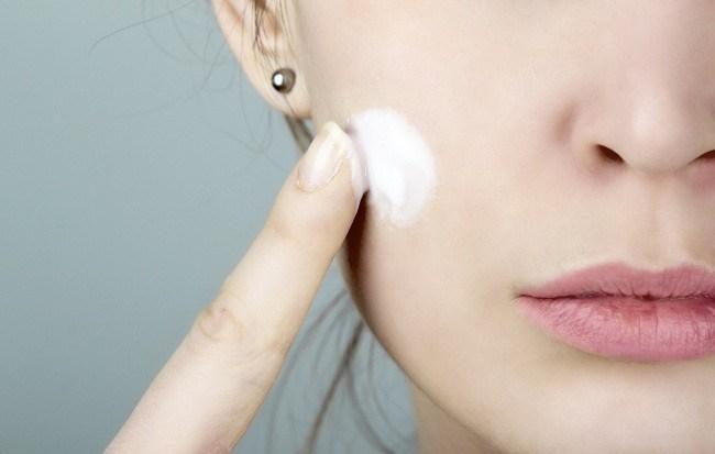 waspadai pemutih kulit mengandung merkuri - alodokter