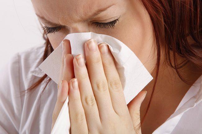 alergi dapat memicu sinusitis - alodokter
