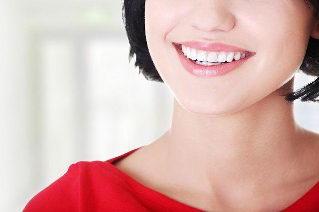 Alodokter - Listerine article 5 - Terbukti! Sikat Gigi Saja Tidak Cukup