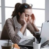 Ini Penyebab Sakit Kepala Saat Haid dan dan Cara Mengatasinya