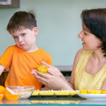 Anak Anda Susah Makan? Coba Trik Ini