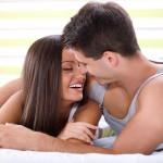 Ambil Manfaat Ciuman Bibir, Namun Jauhi Bahayanya