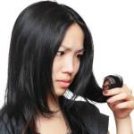 Cara Mengatasi Rambut Bercabang Ada di Sini