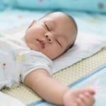 Siasat Jitu Menghindari Bayi Tidur Terus di Siang Hari