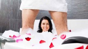 Variasi Seks di Kamar Mandi yang Patut Dicoba