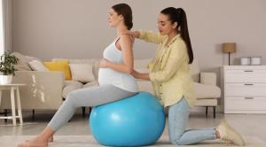 Cara Mempercepat Proses Persalinan yang Disarankan Dokter
