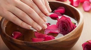 Cara Merawat Tangan Kering Supaya Tidak Membuat Malu