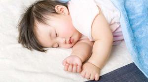 Bunda, Ini Aturan Aman Menggunakan AC untuk Bayi