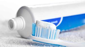 ยาสีฟัน เลือกอย่างไรเพื่อฟันสวยและแข็งแรง