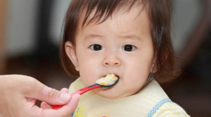 Bolehkah Si Kecil Mengonsumsi Makanan Pedas?