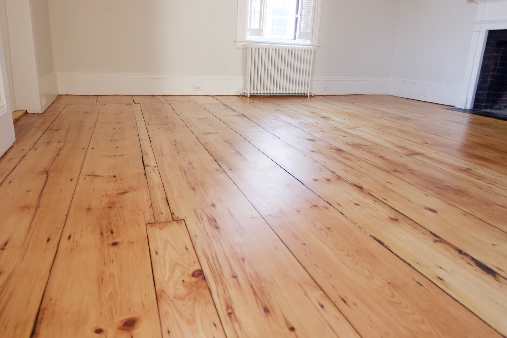 What size nails for hardwood flooring