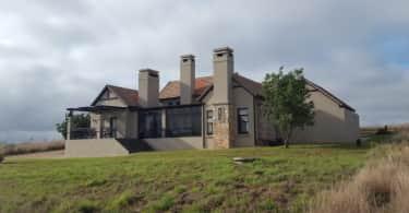 Dullstroom Highland Gate Estate, Pam Golding