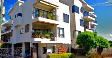 Mauritius apartments, Chas Everitt