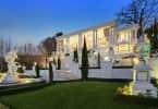 Gatsby home, Houghton, Chas Everitt