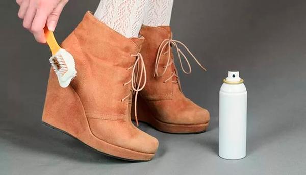 Как почистить замшу на ботинках