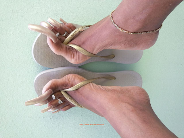 Lady yvette nails