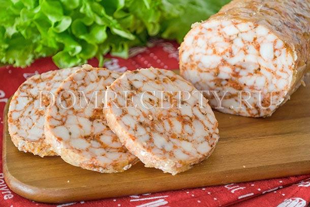 Колбаса в духовке из курицы