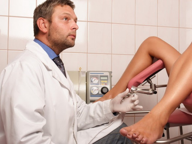 Прием у гинеколога мужчины