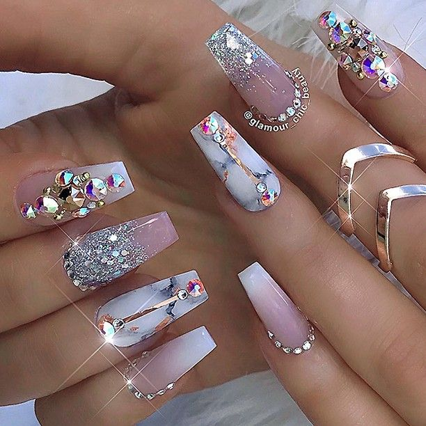 Glamerous nails