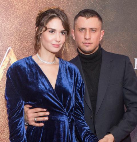 Павел Прилучный подарил Агате Муцениеце кольцо с бриллиантом после расставания