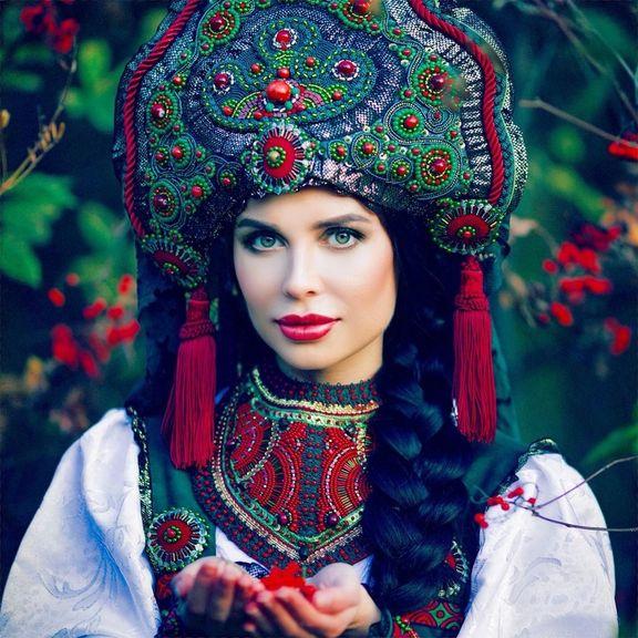 Фото юли михалковой из уральских пельменей