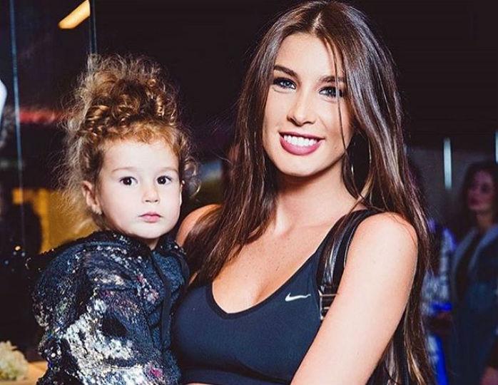 Кэти топурия фото и ее дочь фото