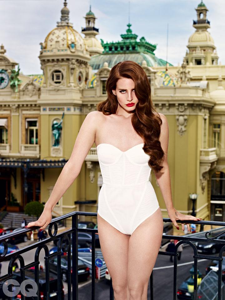 Обнажённая Lana Del Rey в журнале GQ
