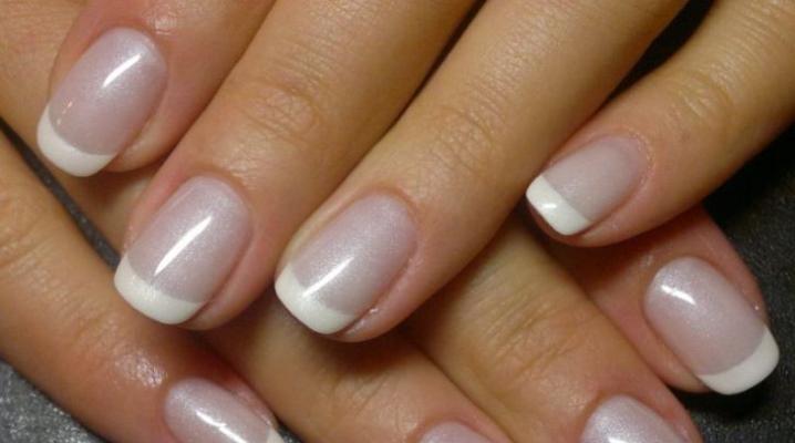 Почему отслаивается гель от ногтей