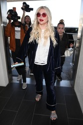 Kesha - At LAX Airport 4/23/18