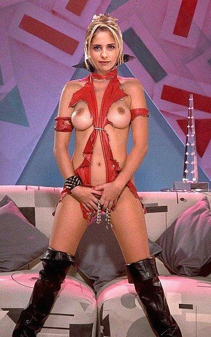 Сара мишель геллар голая на фото