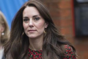 кейт миддлтон, великобритания, шоу-бизнес, королева, семья, герцогиня, кембриджская, принц, уильям, госпитализация, здоровье, самочувствие