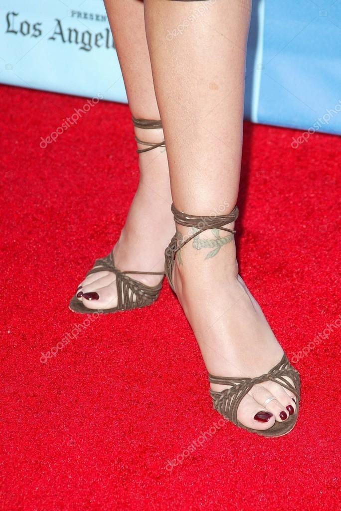 Christina applegate foot