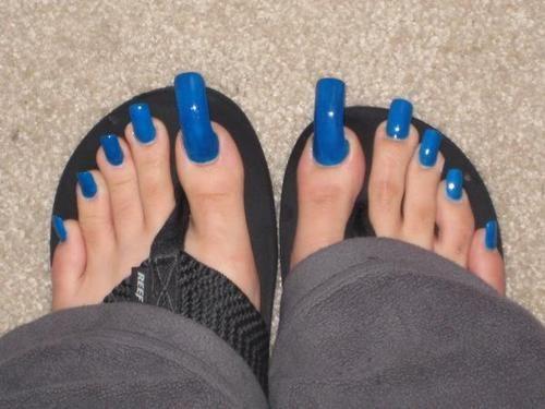 Long foot nails