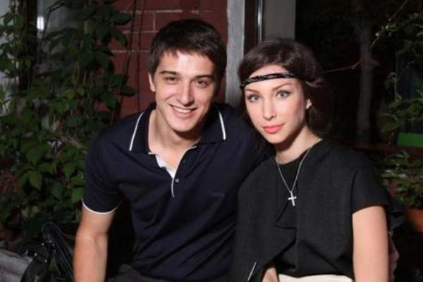 Актер станислав бондаренко его жена и сын фото