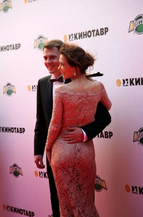 Екатерина Климова в голом платье без белья