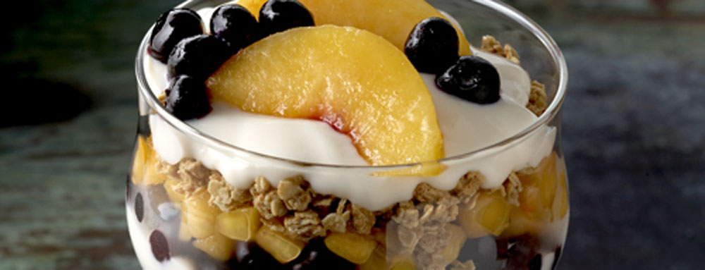 Photo of Peach and Blueberry Parfait