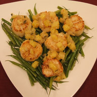 Scallops with Pineapple and Lemongrass Relish