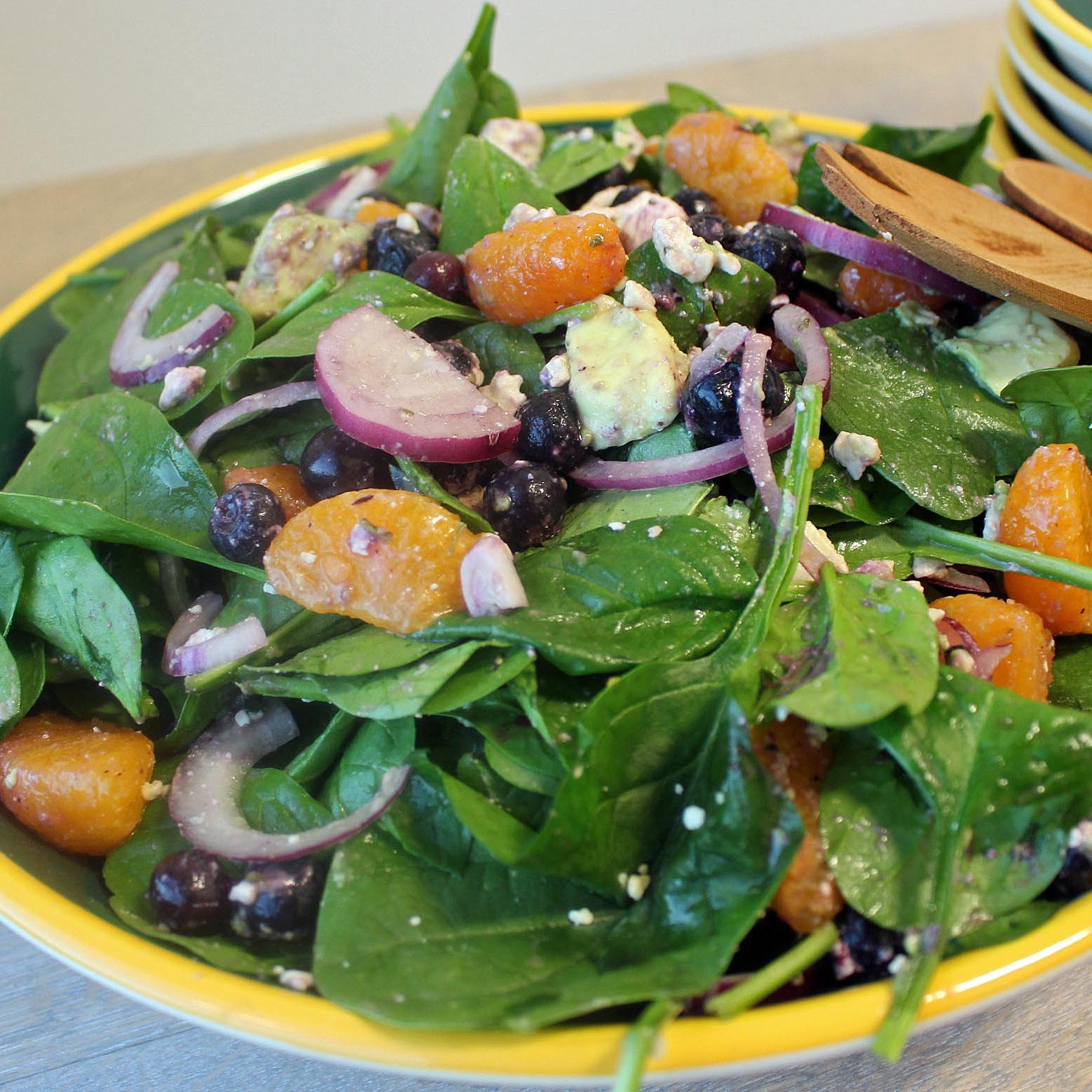 Blueberry Mandarin Spinach Salad Bowl