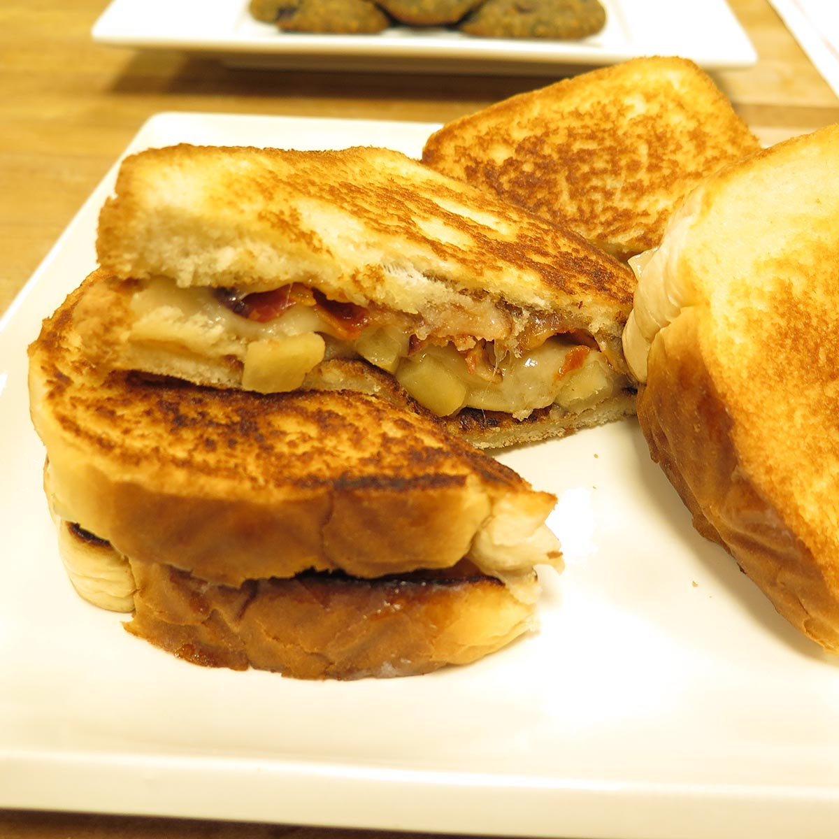 Apple Swiss Cheese and Bacon Grilled Cheese