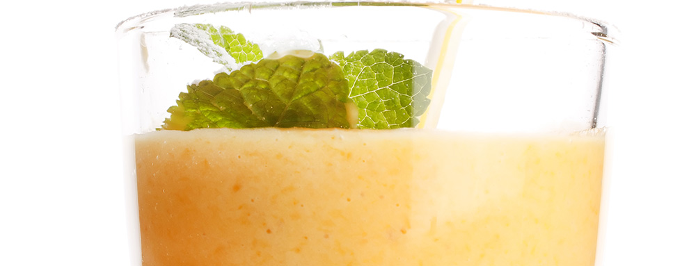 Photo of Refreshing Peach and Mint Smoothie