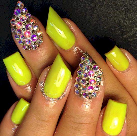 Lipstick style nails